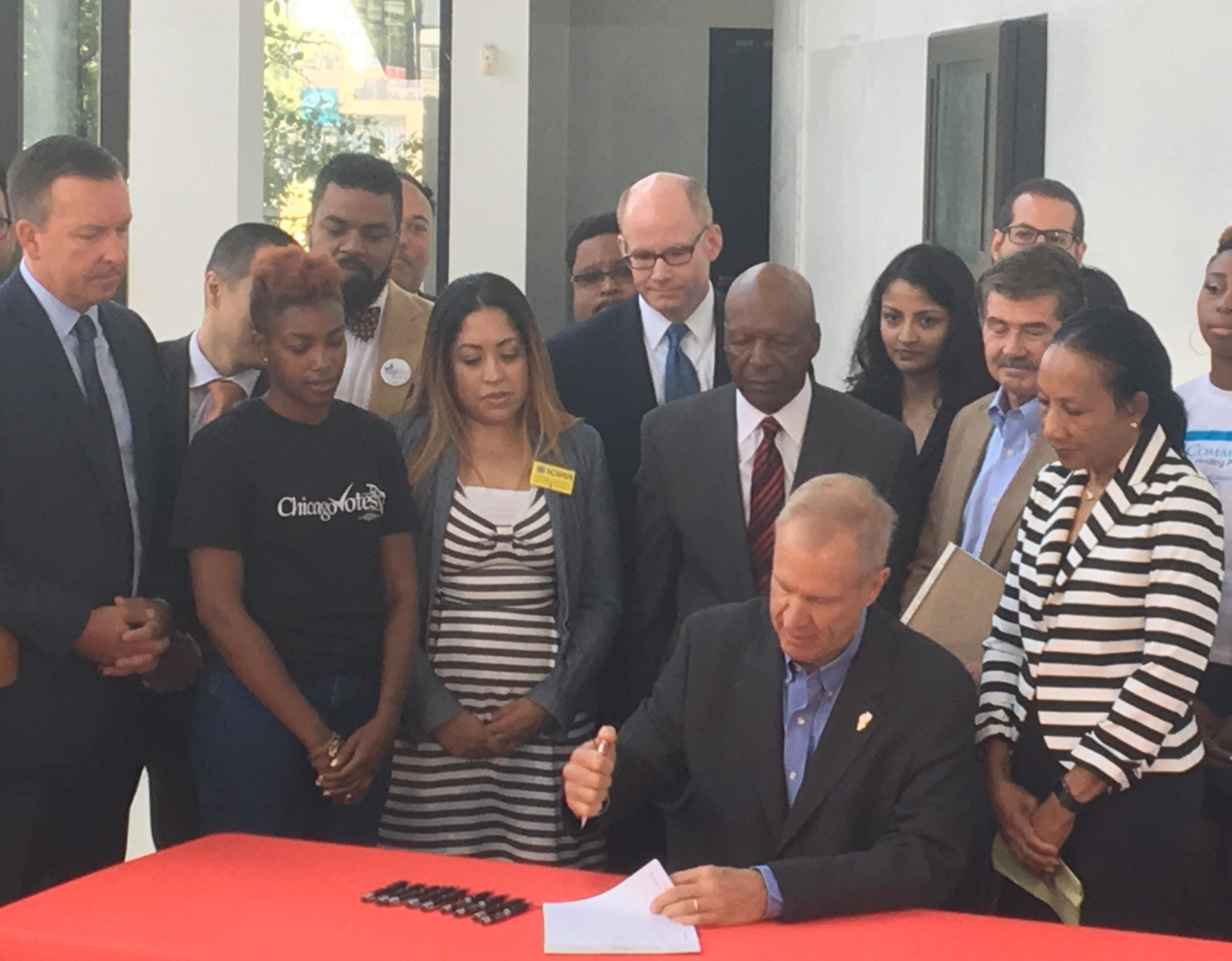 Governor signs automatic voter registration